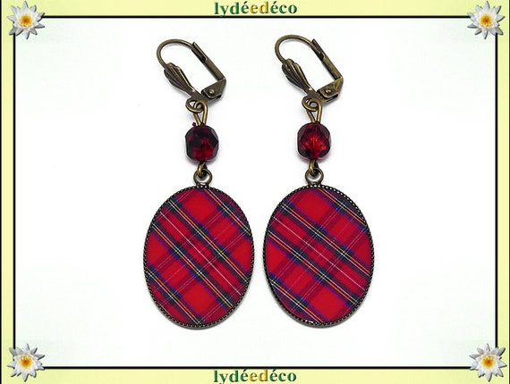 Retro earrings cabochon resin brass Outlander tartan red Scottish Plaid beads 18 x 25mm faceted