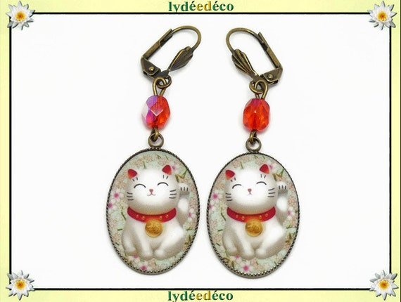 Chinese cat earrings happy green red white resin brass bronze pearls party of mothers christmas birthday gift