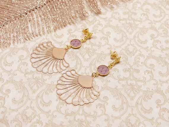 Loops ROSA art deco tropical leaf fan resin gilded brass pink jewel ceremony birthday gift fete of the mothers wedding christmas