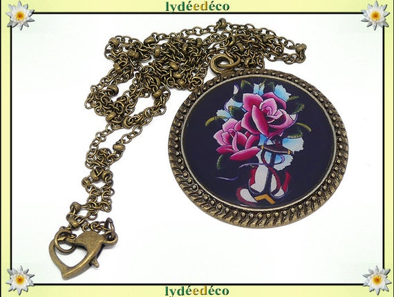 Retro vintage resin flowers Old School retro blue black pink Medallion necklace brass bronze Locket 25mm