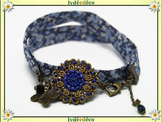 Bracelet Pastel print liberty blue and white flower glass beads and brass