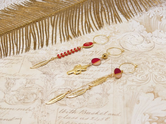 Curls NAYA Duo or Trio feathers cactus pearls chevron chain pearl resin brass gold red resin ceremony