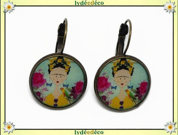 Sleepy earrings Frida Kahlo yellow butterfly pink blue black brass resin bronze pearls Mother's Day Christmas birthday
