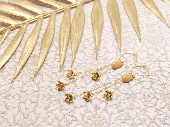 Curls FLORA drops brass gilded sequin flowers jewel ceremony birthday gift fete of mothers wedding christmas