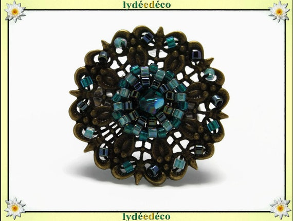 Flower charm retro vintage Adjustable ring Japanese greyish glass 25mm brass beads