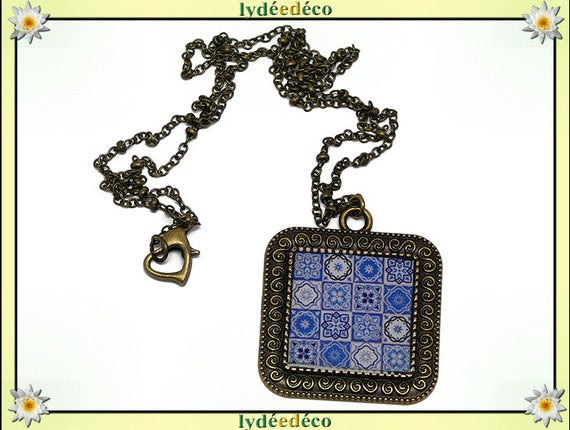 Resin necklace retro Azulejos Lisboa portugal blue white blue resin brass gift personnalsie mother's day birthday