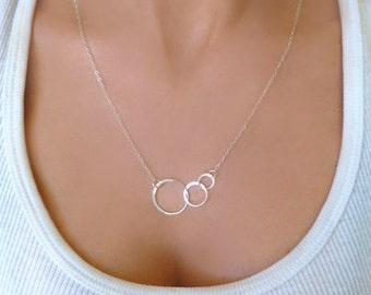 Infinity Necklace Sterling Silver, Linked Three Circle Necklace, Circle Pendant, Delicate Dainty Eternity Three Ring Circle Necklace For 3