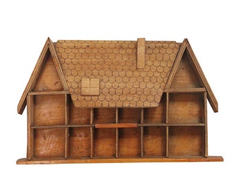 Small 70s vintage wooden house display for miniatures childroom nursery decor