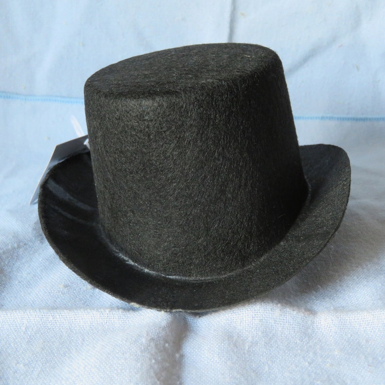 7c9cb059c6d Felt top hat5.5 inch oval.snowman hatstiffened