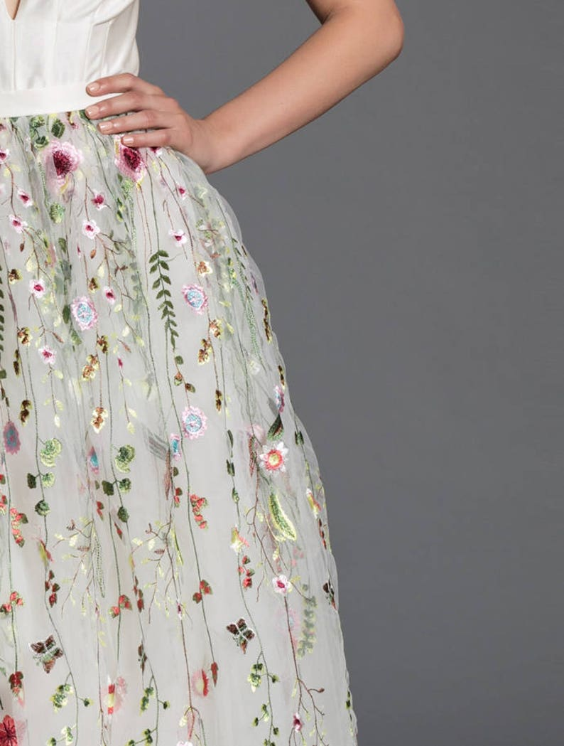 c59973088a2 Floral wedding dress off white maxi tutu tulle skirt lace