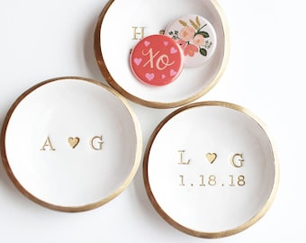 Personalized Ring Dish Wedding Ring Holder Initials And Date Jewelry Dish Wedding Gift Engagement Gift Anniversary Gift For Her