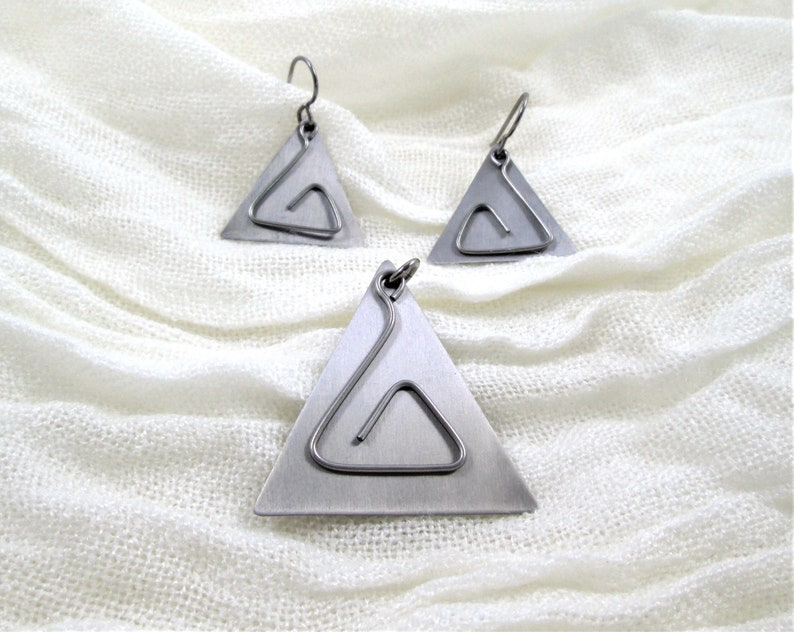 Titanium Triangle Pendant and Earring Set_Free Hanging Wire Dangle (Chain  available    not included)