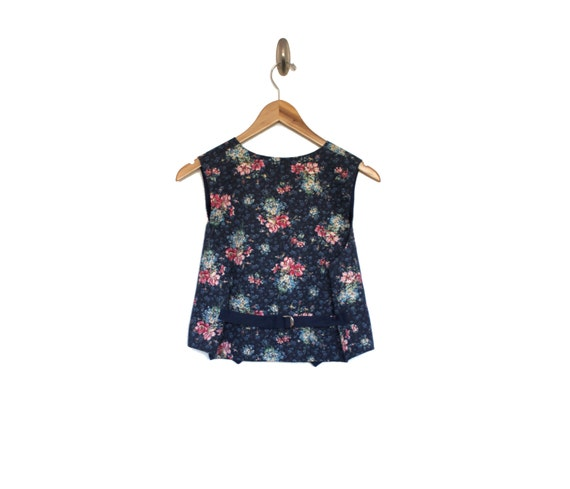 DENIM DAISY - Chambray Floral Vest | Cropped Vest… - image 3