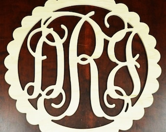 30 inch Wooden Monogram with scalloped border