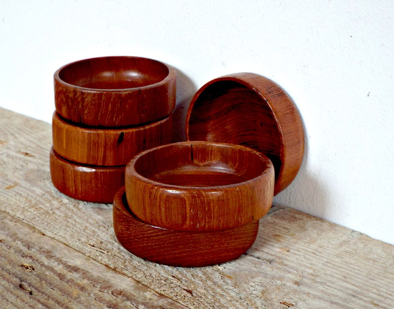 6 wooden small BOWLS 1960 round SERVING CUPS plant holders vintage snacks dishes wooden containers jewelry holder scandinavian danish design