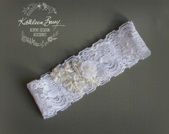 Wedding garter - Bridal garter - white - lace garter - floral garter STYLE:Sian