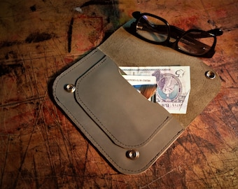 Leather pouch Tobacco pouch Wallet Handmade in Northern Ireland Present Gift Hipster Gentleman Pipe Minimalist wallet Irish craft