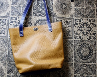 Leather Bag, Leather Tote Bag, Leather Purse, Laptop bag, Work Bag, Student Bag made by Claudio Nosari