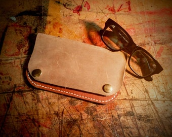 Hand made Leather pouch Wallet Tobacco pouch Biker Smoker Cigar Roll Your Own Cigarette Made in Ireland Irish Craft Belfast Italian leather
