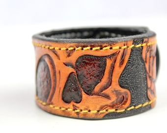 Leather Cuff Bracelet, Handmade Leather Cuff, Leather Bracelet, Cuff Wrap, Custom and Personalized Gift, Leather Wrap Bracelet, Skulls