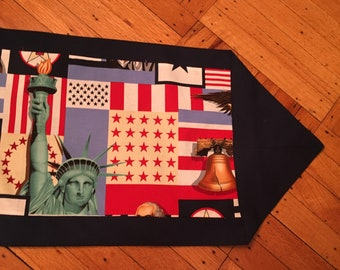 Statue of Liberty table runner