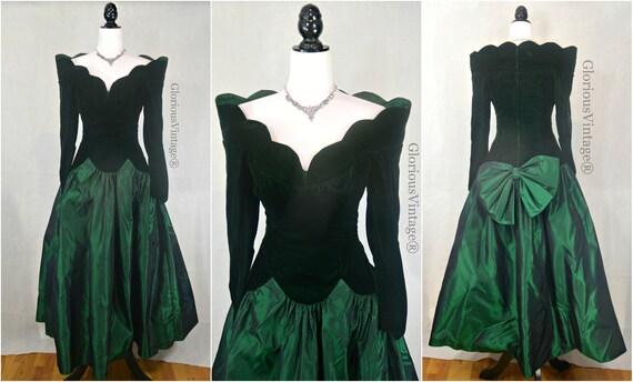 """80s Green VELVET and TAFFETA Gown Bust 34"""""""
