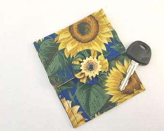 Sunflower Mini Purse, Coin Purse, Cosmetic Bag, Handmade, Beautiful Sunflowers, Accessory Bag, Card Case, Yellow and Green