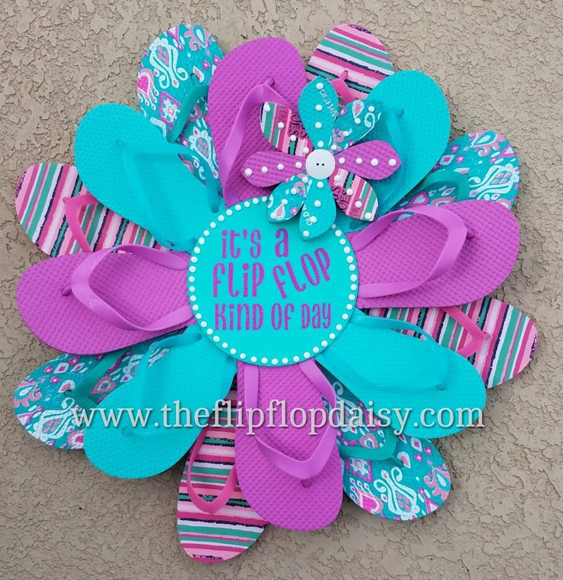 Adorable  It's a Flip Flop Kind of Day Wreath image 0