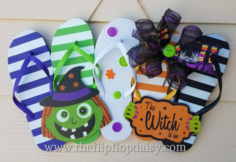 Cute  The Witch is In  Flip Flop Row Wreath Beach image 0