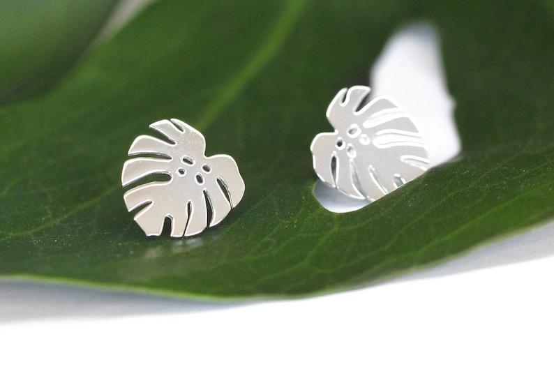 Monstera deliciosa studs  Leaf earrings  Monstera leaf image 0