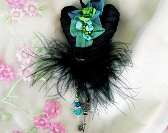 Heart Ornament, Heart Black White Gothic Key, Black Heart