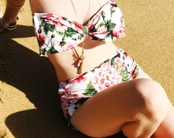High Waisted Bow Bandeau Bikini Floral Vintage Red green flowers top High waist Cute Sexy Swimwear Retro Swimming Costume Look Hot be Cool