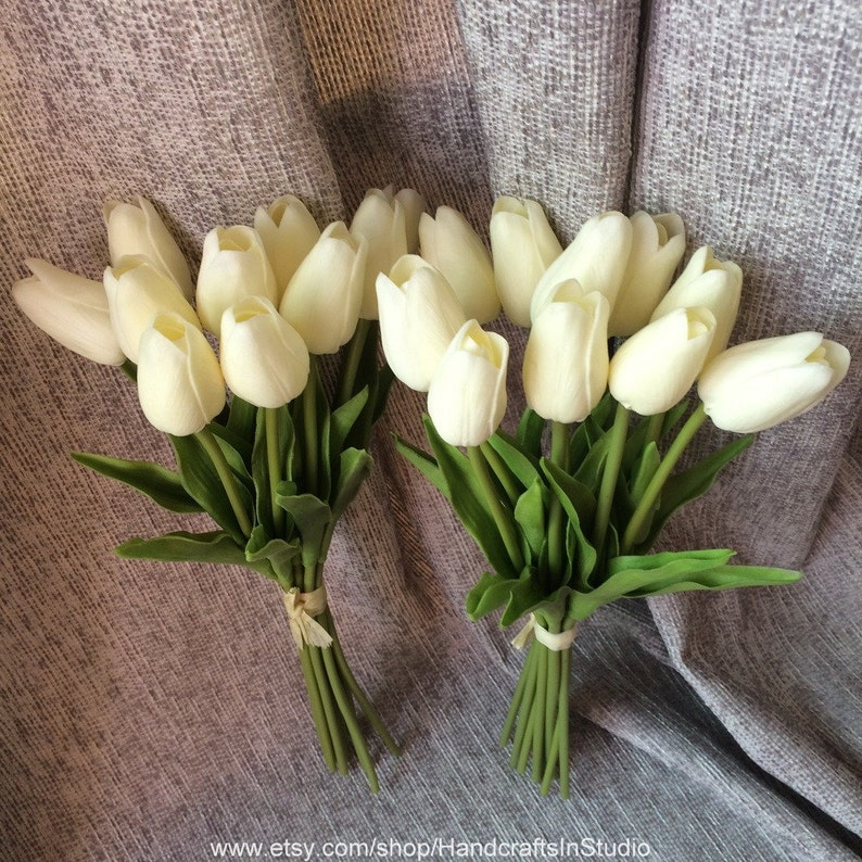Real Touch Tulips Ivory Cream White Tulips Flowers 20 Stems For Wedding Bridal Bridesmaids Bouquet Flowers Table Centerpieces MW01502