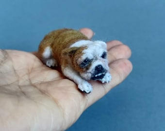 READY TO SHIP-English bulldog needle felted -Ooak miniature animal -Collectible figurine-dollhouse miniatures- 1:12 scale