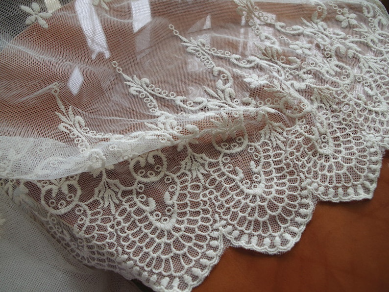 ivory lace fabric embroidered tulle lace fabric with scalloped edge