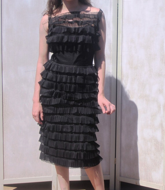 Ceil Chapman Vintage 50s Blacked Tiered Lace Cock… - image 1