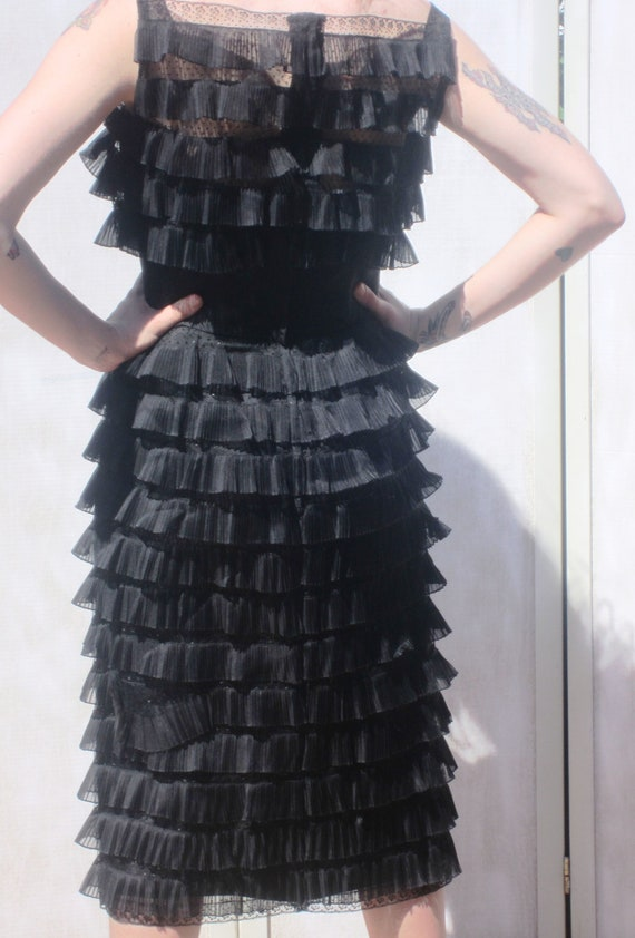 Ceil Chapman Vintage 50s Blacked Tiered Lace Cock… - image 2