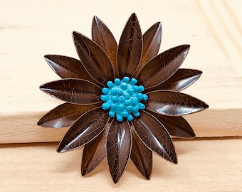 Vintage Brown and Blue Enamel Flower Brooch (retro 60s 70s metal pin round fall autumn summer spring power floral)