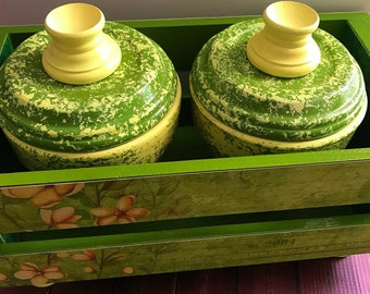 Wooden crate Green floral crate set with matching clay pots ,housewarming gift, teacher gift, storage crates, Christmas gifts, teacher gift