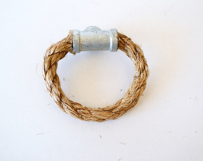 Rope Drawer Circle Pull, Cabinet Knob: Galvanized Pipe Tee End