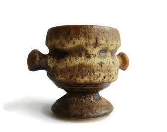 Vintage fat lava ceramic planter Vest P4 Rubens decor, Dutch Pottery