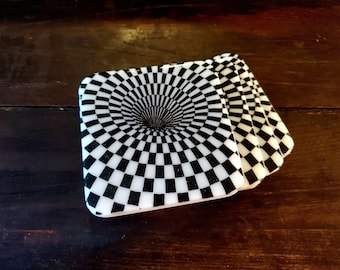 Optical illusion resin coaster