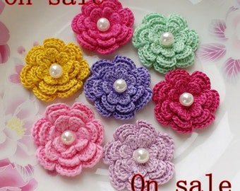 On Sale - 7 Crochet Flowers With Pearls  YH-257-01