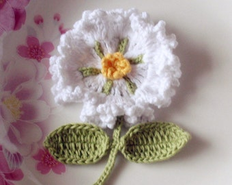 Crochet Flower With Leaves In White, Yellow, Muted Green YH-092-01
