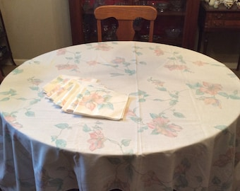 Vintage Chintz emerald by chicca/_besso Rectangular Tablecloth Floral Decor Chintz Cotton Sateen Tablecloth Spoonflower with Roostery