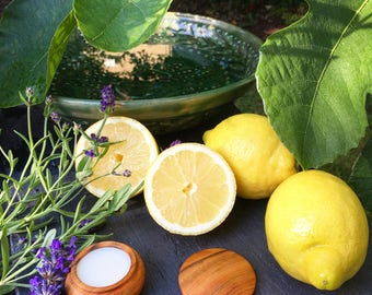 Lemons & Lavender Solid Perfume by Natural Wisdom. Crisp clean and fresh. Natural, Vegan. Alcohol free. 15g