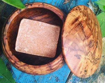 Genuine AMBER Resin Solid Perfume & Cologne. Presented in a unique artisan crafted wooden Gift box made from the Cedar root wood.