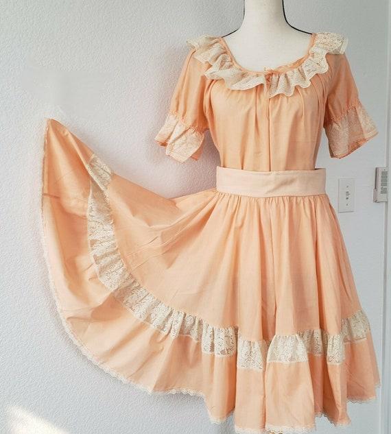 1970s Rockmount Ranch Wear Women's Peach & Floral