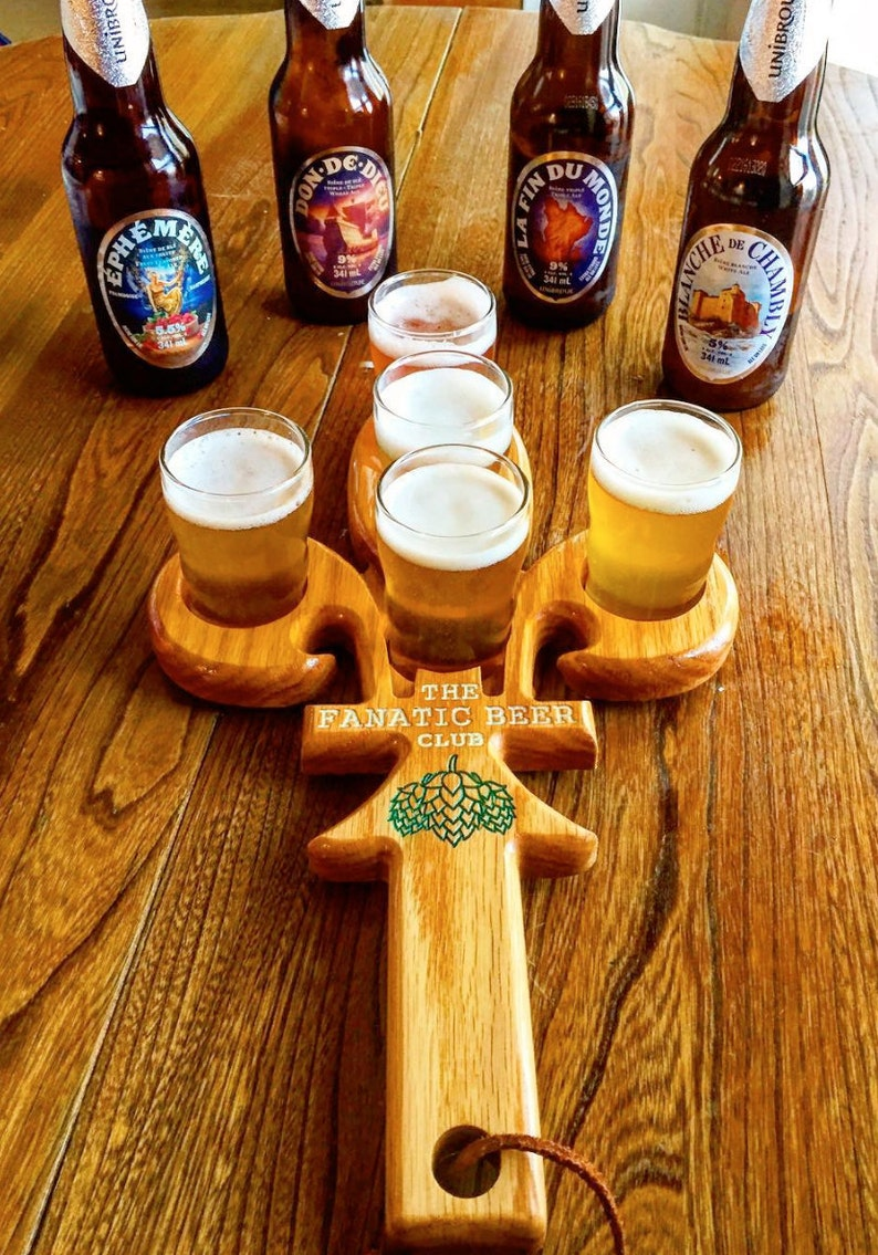 Fleur De Lis Shaped Wooden Beer Tasting Tray With 5 Glasses