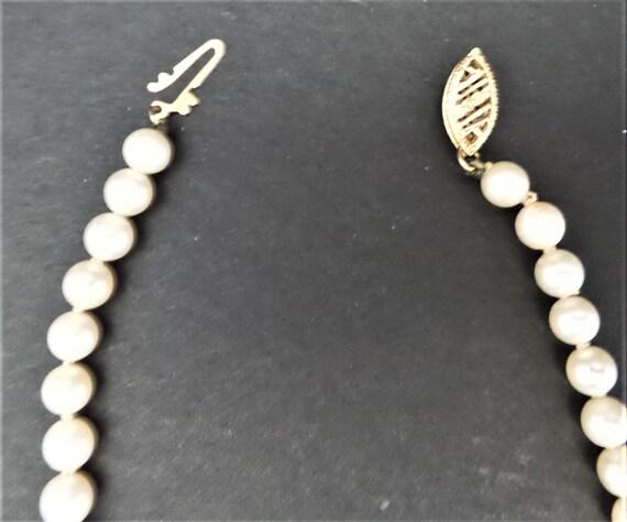 Vintage Faux Pearl Necklace - image 6